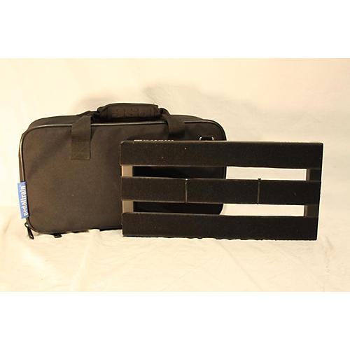 used pedaltrain metro 16 with bag pedal board guitar center. Black Bedroom Furniture Sets. Home Design Ideas