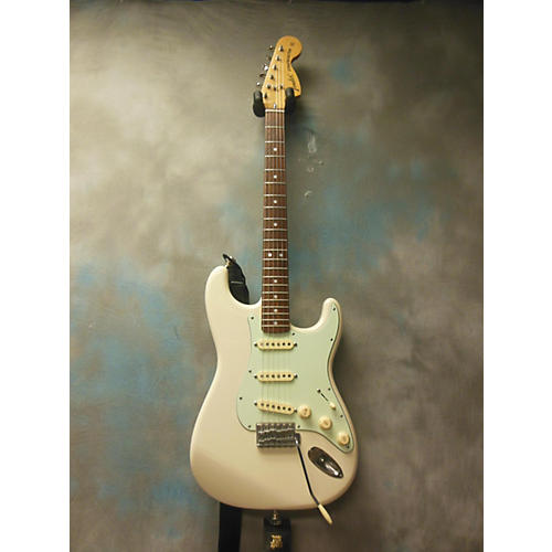 Fender MIJ 72 Reissue Stratocaster Solid Body Electric Guitar