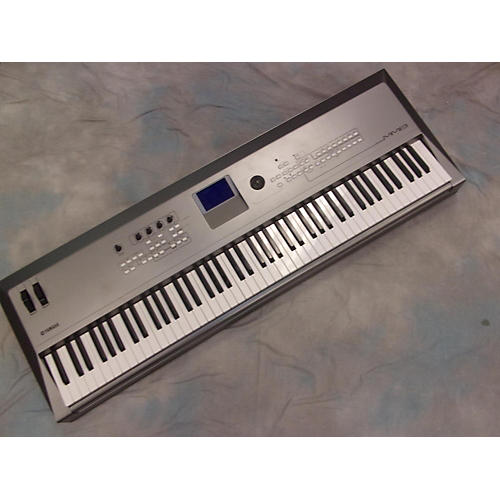 Yamaha MM8 Keyboard Workstation-thumbnail