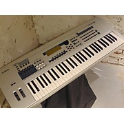 Yamaha MO6 61 Key Keyboard Workstation