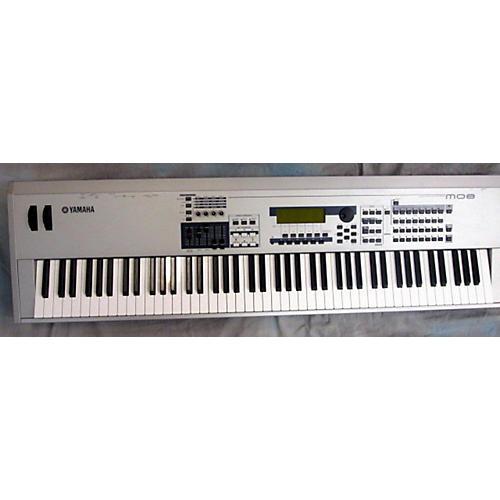Yamaha MO8 88 Key Keyboard Workstation-thumbnail