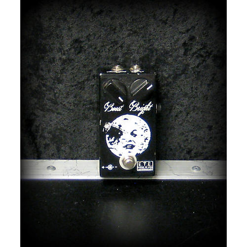 In Store Used MOON BOOST Effect Pedal-thumbnail