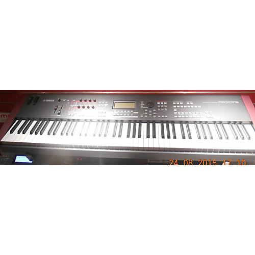 Yamaha MOXF8 Black And Red Keyboard Workstation Black and Red
