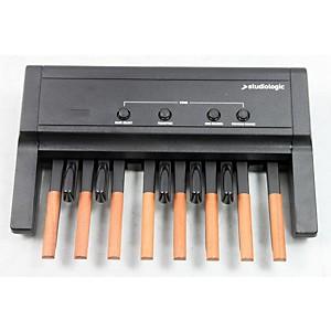 Studiologic MP-113 Dynamic MIDI Foot Controller Pedal Board by Studiologic