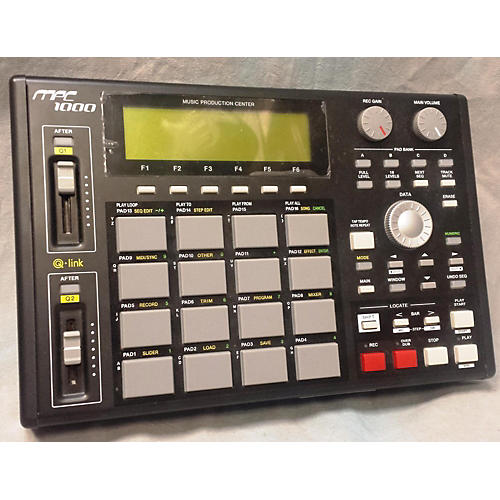 Akai Professional MPC1000 Production Controller-thumbnail
