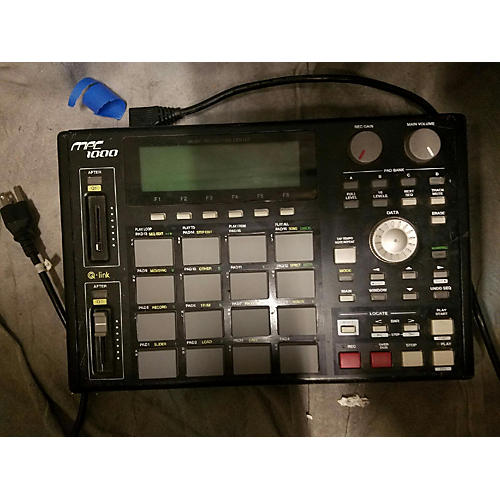 Akai Professional MPC1000 Production Controller-thumbnail