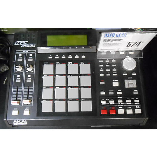 Akai Professional MPC2500 Production Controller-thumbnail