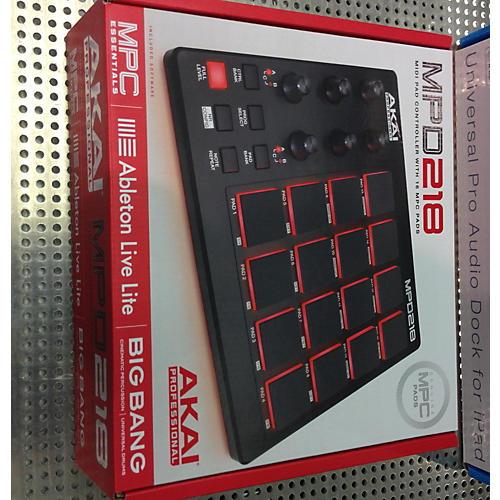 Akai Professional MPD218 MIDI Controller-thumbnail