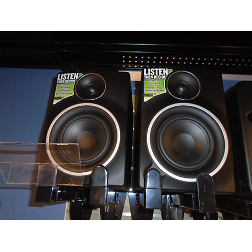 Mackie MR5 MKIII Pair Powered Monitor-thumbnail