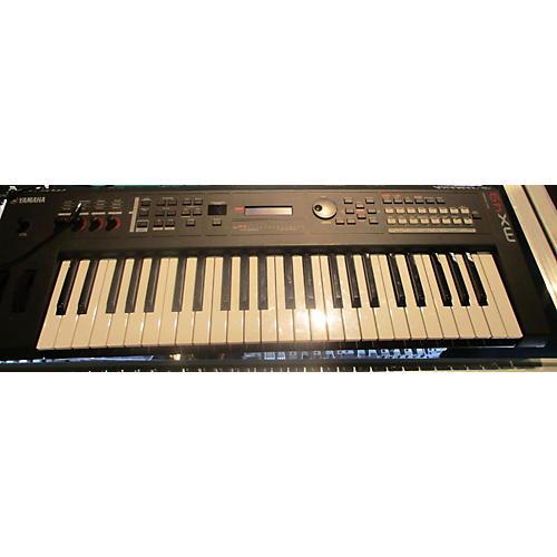 Yamaha MX49 49 Key Keyboard Workstation-thumbnail