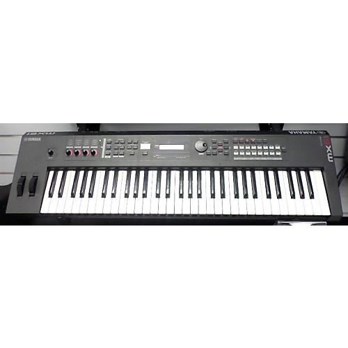 Yamaha MX61 61 Key Keyboard Workstation-thumbnail
