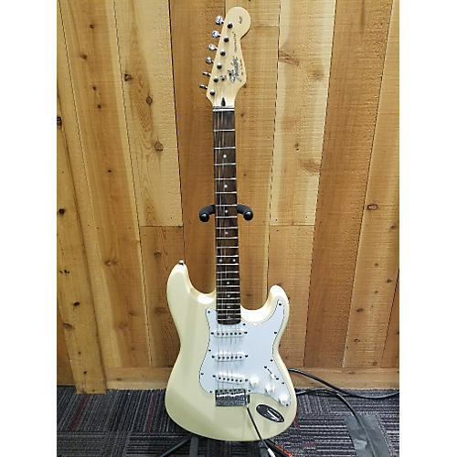 Fender Made In Korea Squier Series Solid Body Electric Guitar-thumbnail