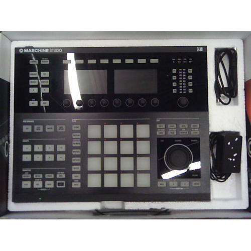 Native Instruments Maschine Studio - NO SOFTWARE MIDI Controller