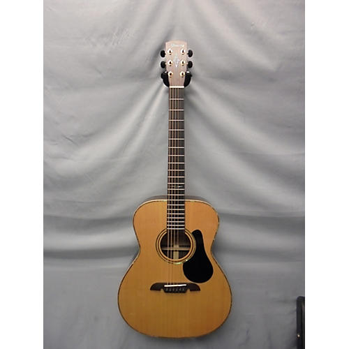 Alvarez Masterworks MFA70 Folk/OM Acoustic Guitar