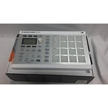 Native Instruments Mikro MKII MIDI Controller