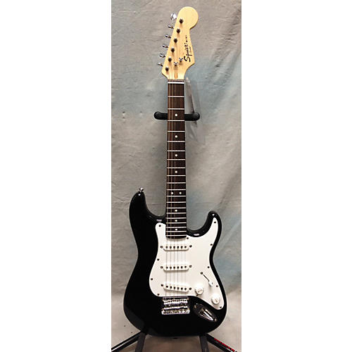 Squier Mini Affinity Stratocaster Black Electric Guitar