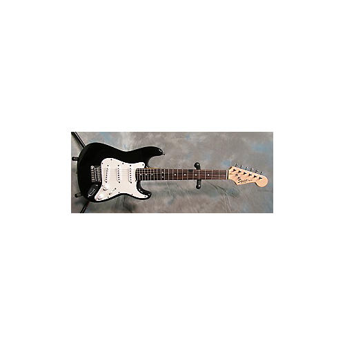 Squier Mini Affinity Stratocaster Black Electric Guitar-thumbnail