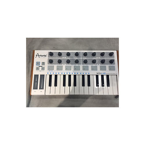 Arturia MiniLab Mini Hybrid MIDI Controller-thumbnail