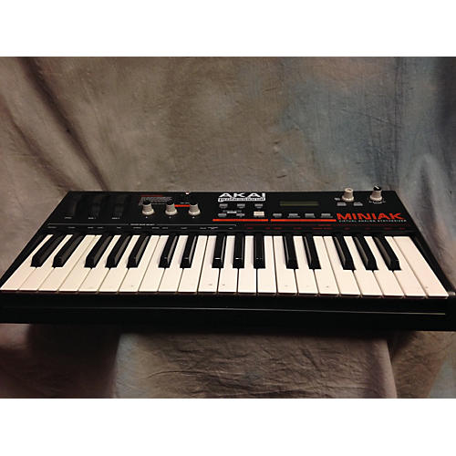 Akai Professional Miniak Synthesizer