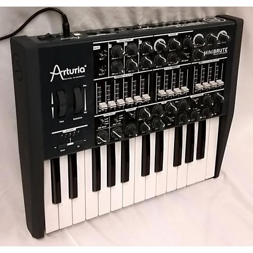 Arturia Minibrute Monophonic Synthesizer-thumbnail
