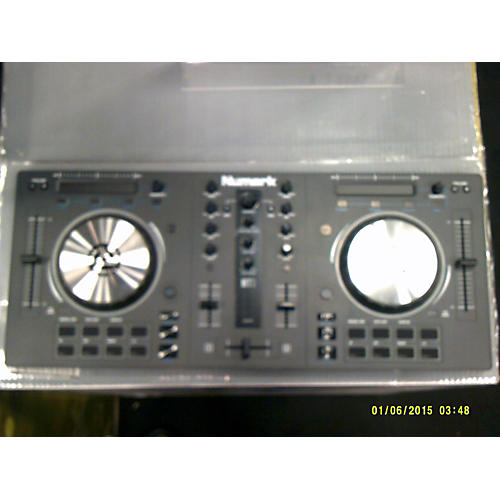 Numark Mixtrack III DJ Mixer-thumbnail