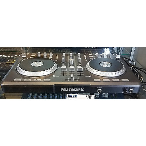 Numark Mixtrack Pro DJ Controller-thumbnail