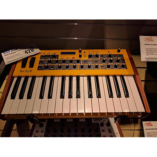 Dave Smith Instruments Mopho Synthesizer-thumbnail