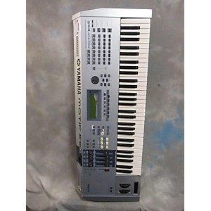 Pre-owned Yamaha Motif ES6 61 Key Keyboard Workstation