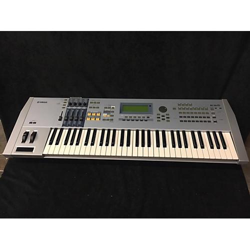 Yamaha Motif ES6 61 Key Keyboard Workstation