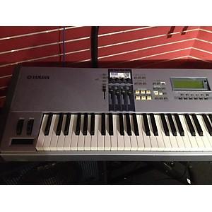 Pre-owned Yamaha Motif ES8 Key Keyboard Workstation