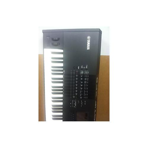 Yamaha Motif XF8 88 Key Keyboard Workstation-thumbnail