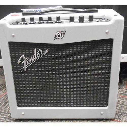 Fender Mustang I V2 20W 1X8 Silver Guitar Combo Amp-thumbnail