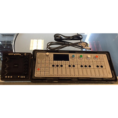 Teenage Engineering OP-1 WITH OPLAB Synthesizer-thumbnail