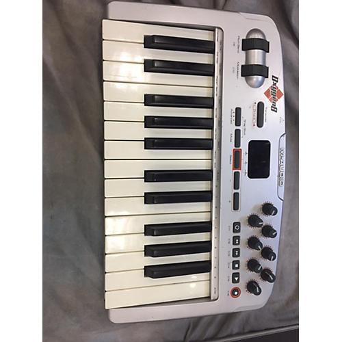 M-Audio Oxygen 8 V2 25 Key MIDI Controller-thumbnail