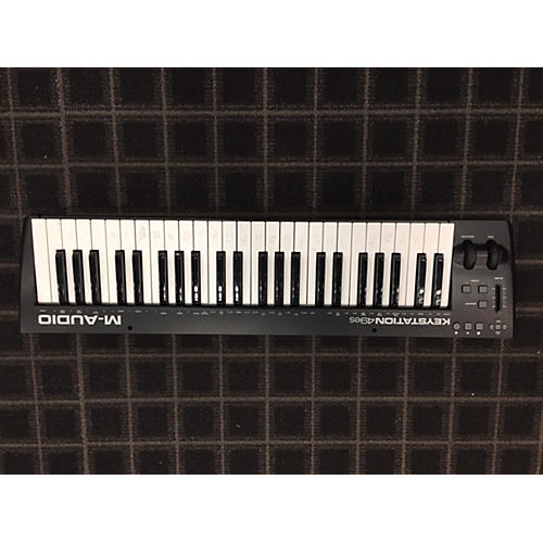M-Audio Oxygen49 Keyboard Workstation-thumbnail