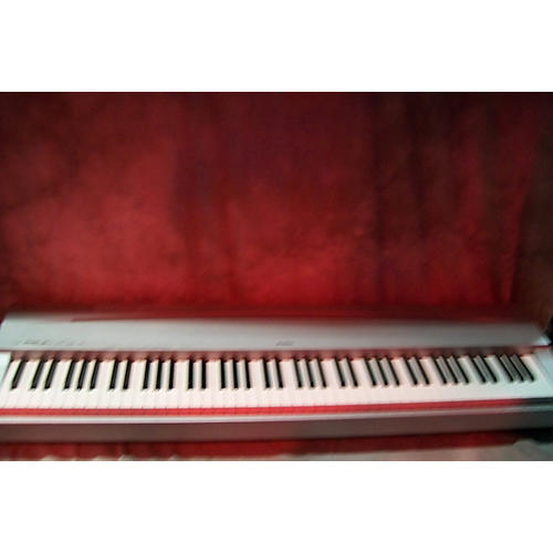 Yamaha P-70 Portable Keyboard