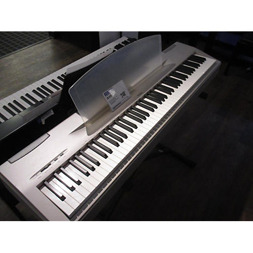 Yamaha P60 Digital Piano-thumbnail