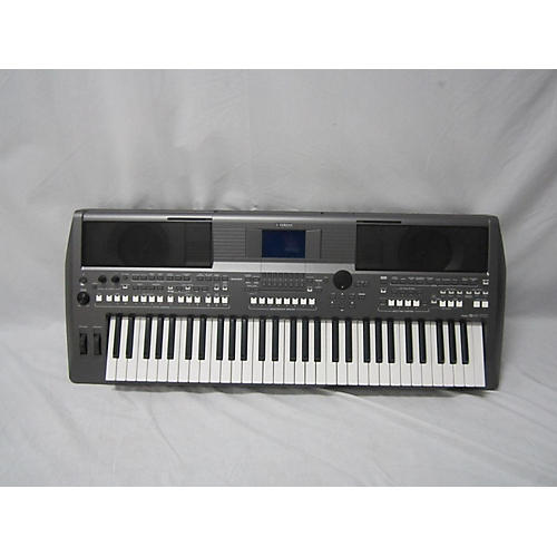 Yamaha PSRS670 Keyboard Workstation