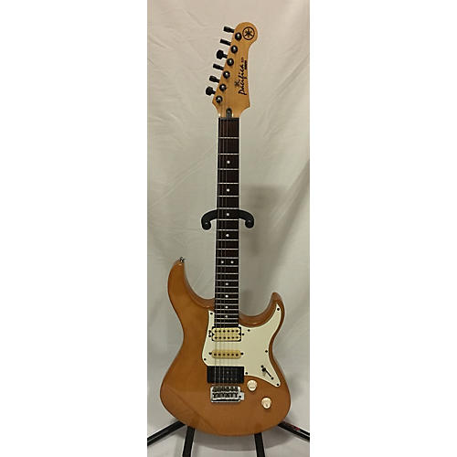 Yamaha Pacifica 521 Solid Body Electric Guitar