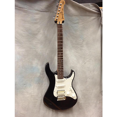 Yamaha Pacifica Solid Body Electric Guitar-thumbnail