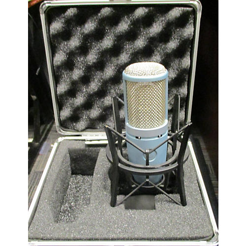 AKG Perception 220 Condenser Microphone-thumbnail