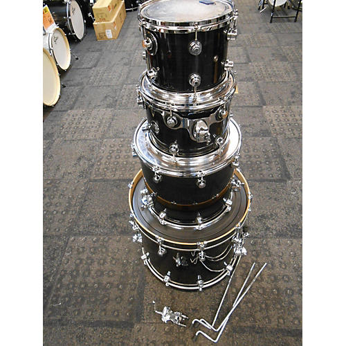 DW Performance Series Drum Kit Ebony Stain Lacquer