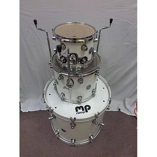 DW Performance Series Drum Kit-thumbnail