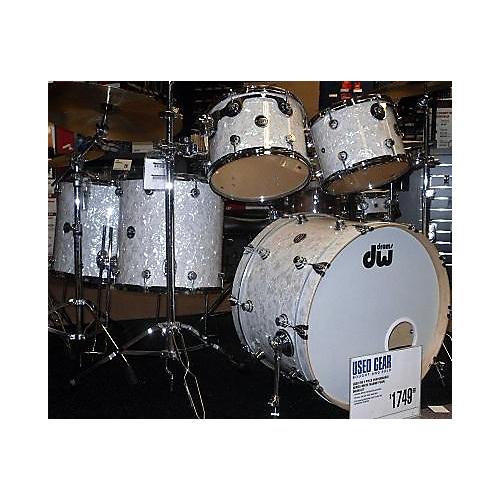 used dw performance series drum kit guitar center. Black Bedroom Furniture Sets. Home Design Ideas