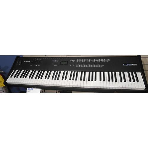 Alesis QS8 Keyboard Workstation