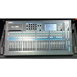 Pre-owned Allen and Heath QU32 Digital Mixer by Allen & Heath