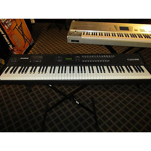 Alesis Qs8 Stage Piano