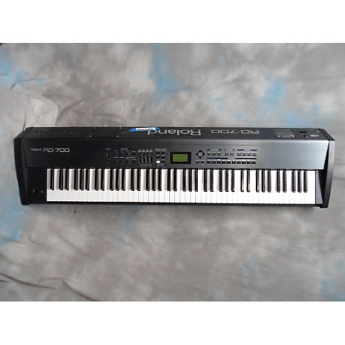 Roland RD 700 Synthesizer-thumbnail