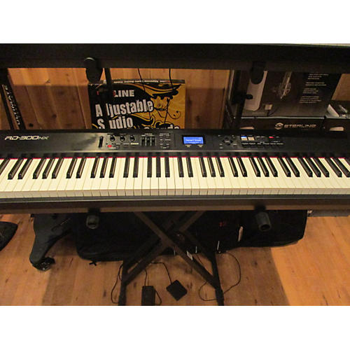 Roland RD300NX 88 Key Stage Piano-thumbnail
