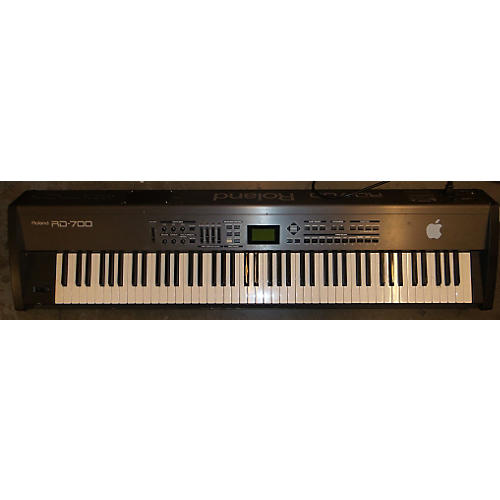 Roland RD700 Keyboard Workstation-thumbnail